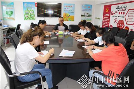 东兴街道东山社区开展公民科学素质自测